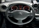 Фото авто Citroen Berlingo 2 поколение [рестайлинг], ракурс: рулевое колесо