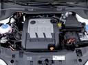 Фото авто SEAT Ibiza 4 поколение, ракурс: двигатель