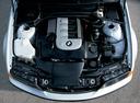 Фото авто BMW 3 серия E46 [рестайлинг], ракурс: двигатель цвет: серебряный