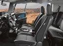 Фото авто Toyota FJ Cruiser 1 поколение [рестайлинг], ракурс: салон целиком