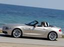 Фото авто BMW Z4 E89, ракурс: 90 цвет: серебряный