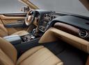 Фото авто Bentley Bentayga 1 поколение, ракурс: торпедо