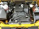 Фото авто Chevrolet Colorado 1 поколение, ракурс: двигатель