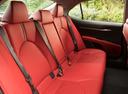 Фото авто Toyota Camry XV70, ракурс: задние сиденья
