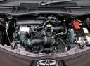 Фото авто Toyota iQ 1 поколение, ракурс: двигатель
