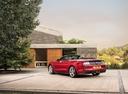 Фото авто Ford Mustang 6 поколение [рестайлинг], ракурс: 135 цвет: красный