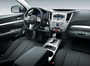 Фото авто Subaru Outback 4 поколение, ракурс: торпедо