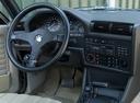Фото авто BMW 3 серия E30, ракурс: торпедо