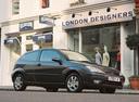 Фото авто Ford Focus 1 поколение [рестайлинг], ракурс: 315 цвет: черный