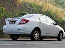Фото авто BYD F3 1 поколение, ракурс: 225 цвет: белый
