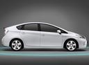 Фото авто Toyota Prius 3 поколение [рестайлинг], ракурс: 270 цвет: белый