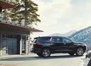 Фото авто Chevrolet Traverse 2 поколение, ракурс: 270 цвет: черный