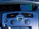 Фото авто Renault Scenic 2 поколение, ракурс: центральная консоль