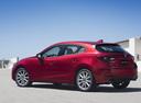 Фото авто Mazda 3 BM [рестайлинг], ракурс: 135 цвет: красный