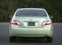Фото авто Toyota Camry XV40, ракурс: 180 цвет: салатовый
