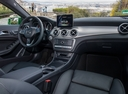 Фото авто Mercedes-Benz GLA-Класс X156 [рестайлинг], ракурс: торпедо