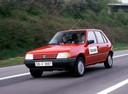 Фото авто Peugeot 205 1 поколение, ракурс: 45
