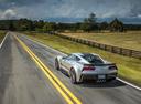 Фото авто Chevrolet Corvette C7, ракурс: 135 цвет: серебряный