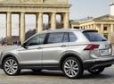 Фото авто Volkswagen Tiguan 2 поколение, ракурс: 90 цвет: серый