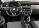 Фото авто SEAT Toledo 4 поколение, ракурс: торпедо