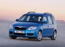 Фото авто Skoda Roomster 1 поколение, ракурс: 45 цвет: голубой