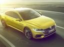 Фото авто Volkswagen Arteon 1 поколение, ракурс: 315 цвет: желтый