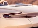 Фото авто Aston Martin DB11 1 поколение, ракурс: задние фонари цвет: бежевый