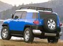 Фото авто Toyota FJ Cruiser 1 поколение, ракурс: 135 цвет: синий