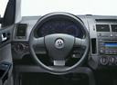 Фото авто Volkswagen Polo 4 поколение [рестайлинг], ракурс: рулевое колесо