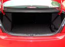 Фото авто Zotye Z300 1 поколение, ракурс: багажник цвет: красный