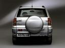 Фото авто Toyota RAV4 2 поколение, ракурс: 180 цвет: серебряный