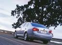Фото авто Volkswagen Jetta 5 поколение, ракурс: 135 цвет: серебряный