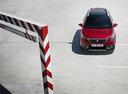 Фото авто Peugeot 2008 1 поколение [рестайлинг],  цвет: красный