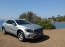 Фото авто Mercedes-Benz GLA-Класс X156 [рестайлинг], ракурс: 315 цвет: серебряный