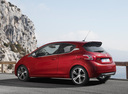 Фото авто Peugeot 208 1 поколение, ракурс: 135 цвет: красный