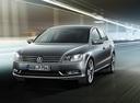 Фото авто Volkswagen Passat B7, ракурс: 45 цвет: черный