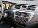 Фото авто Mitsubishi Lancer IX [рестайлинг], ракурс: центральная консоль