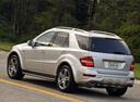 Фото авто Mercedes-Benz M-Класс W164 [рестайлинг], ракурс: 135 цвет: серебряный