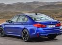 Фото авто BMW M5 F90, ракурс: 135 цвет: синий