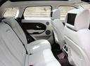 Фото авто Land Rover Range Rover Evoque L538, ракурс: задние сиденья