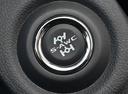 Фото авто Mitsubishi Outlander 3 поколение [2-й рестайлинг], ракурс: элементы интерьера