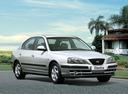 Фото авто Hyundai Elantra XD [рестайлинг], ракурс: 315 цвет: серебряный