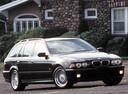 Фото авто BMW 5 серия E39 [рестайлинг], ракурс: 315 цвет: черный