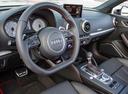 Фото авто Audi S3 8V, ракурс: торпедо