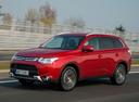 Фото авто Mitsubishi Outlander 3 поколение [рестайлинг], ракурс: 45 цвет: красный