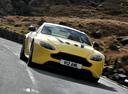 Фото авто Aston Martin Vantage 3 поколение [2-й рестайлинг],  цвет: желтый