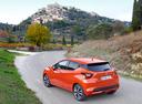 Фото авто Nissan Micra K14, ракурс: 135 цвет: оранжевый