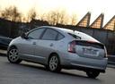 Фото авто Toyota Prius 2 поколение, ракурс: 135 цвет: серебряный