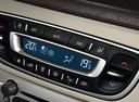 Фото авто Renault Megane 3 поколение [2-й рестайлинг], ракурс: элементы интерьера