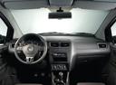 Фото авто Volkswagen Suran 1 поколение, ракурс: торпедо